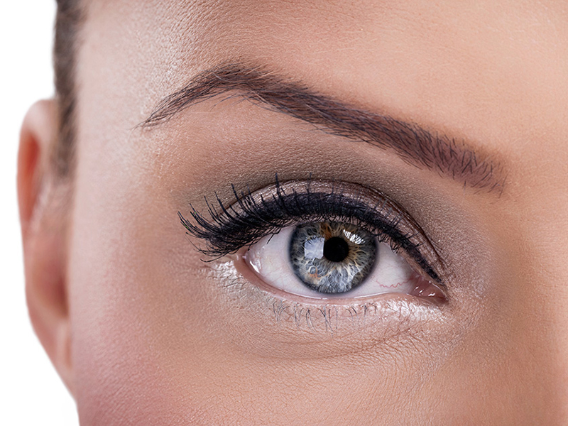 Come mantenere l'eyeliner a lungo | trucco permanente occhi