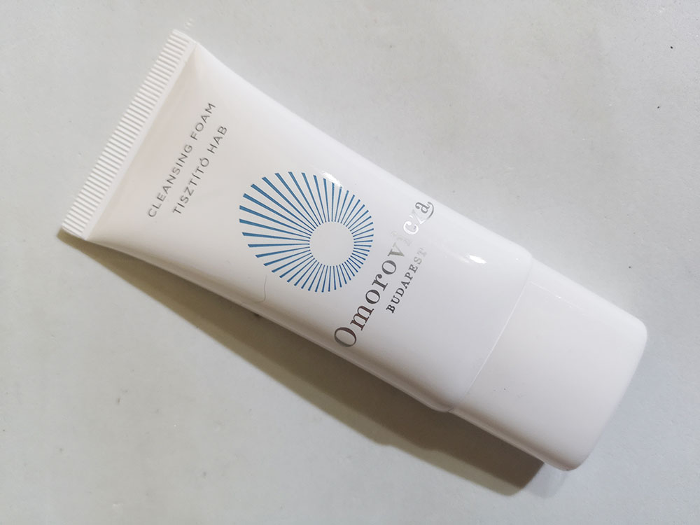 Schiuma detergente Omorovicza
