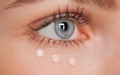Contorno occhi: migliori prodotti contro i segni del tempo