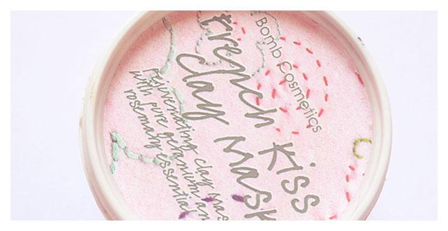 REVIEW: Maschera viso French Kiss – BOMB Cosmetics